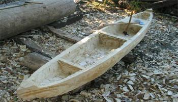 Out Canoe atau Progue