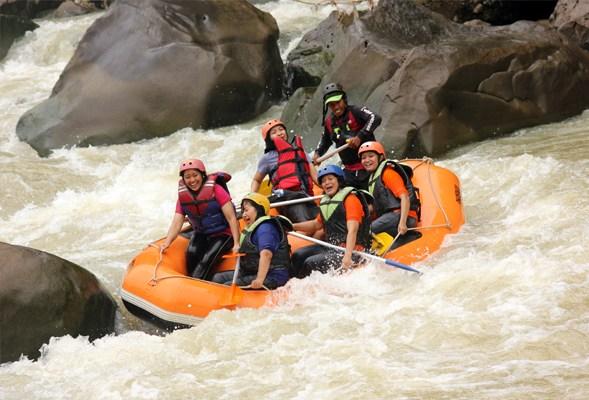 rafting progo atas minimal usia 10 tahun